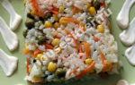 Рис с морковью, горошком и кукурузой
