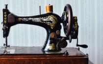 Лучшие модели швейных машинок для начинающей и опытной швеи