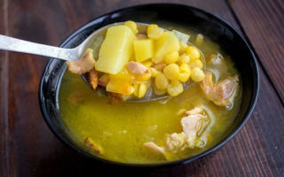 Гороховый суп с копченой курочкой