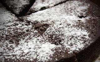 Пирог из манки со вкусом шоколада