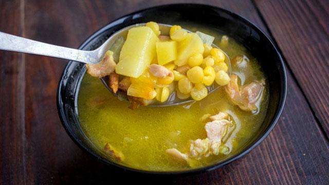 Ложка горохового супа
