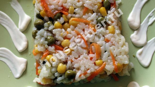 Рис подан к столу